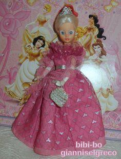 Bibi-Bo er en fabelagtig dukke!  Den bibi-bo är en fantastisk docka!  Den bibi-bo er en fabelaktig dukke!  Bibi-Bo on upea nukke!