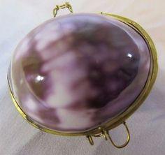 Vintage-Sea-Shell-Coin-Purse-or-Pill-Box-In-Plum-Cream-Hues