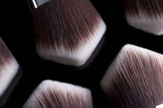 The 3DHD™ Revolution Brushes......made by Sigma..     Also makes a glove-like brush cleasner in silicone