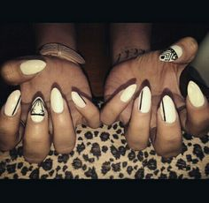 Pointy nails nailart