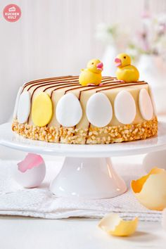 #Ostern #Torte #Ostertorte #Idee #Marzipan #Küken #Eier #DIY #verzieren #Easter #Cake #Gateau #decorating #eggs #biddy #fondant #idea