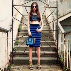 How to Chic: CROP TOP - STRIPED SKIRT