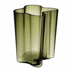 It's called the Private Listing by Aalto. Green Vase, Alvar Aalto, Glass Vase, Objects, Furniture, Products, Home Furniture, Beauty Products, Arredamento