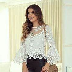 Cropped Mara com mix de renda forrado P e M Valor Blouse And Skirt, Tunic Blouse, Skirt Pants, Corsage, Summer Outfits, Casual Outfits, Summer Tops, Spring Fashion, Crochet Top