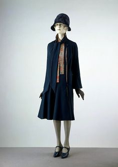 Ensemble made for Liberty & Co, Ltd, 1928 London, the V&A Museum