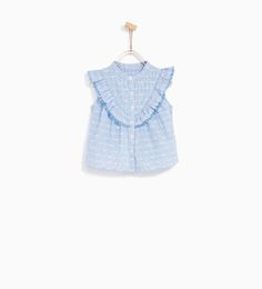 Fashion Hats For Toddlers Cute Girl Outfits, Little Girl Dresses, Kids Outfits, Kids Clothes Sale, Baby Kids Clothes, Ivy Fashion, Fashion Hats, Fashion Clothes, Girl Trends