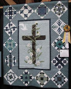 A Passion for Applique: Awe Inspiring Applique Quilts Sampler Quilts, Star Quilts, Quilt Blocks, Easy Quilts, Quilting Projects, Quilting Designs, Church Banners Designs, Stained Glass Quilt, Cross Quilt