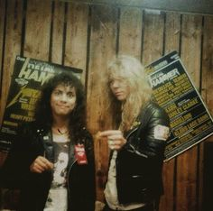 Kirk Hammett of 'Metallica', and Dave Murray of 'Iron Maiden', at: Metalhammer fest 1985 backstage.