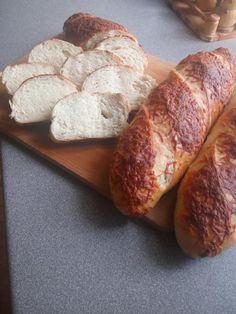 Finom házi bagett, videóval! A formázása is könnyen megtanulható! - Ketkes.com Bread, Recipes, Food, Breads, Baking, Meals, Yemek, Recipies, Eten