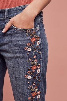 Slide View: 3: Pilcro Hyphen Mid-Rise Embroidered Jeans
