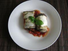 Roladki z bakłażana z pieczarkami i serem feta w sosie pomidorowym - Odżywiaj się zdrowo