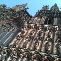 Lichfield Cathedral Cathedral, Louvre, Building, Places, Travel, Voyage, Trips, Buildings, Viajes