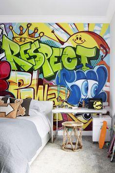 Palm Beach, Florida Home Design- Palm Beach, Florida Home Design Teen bedroom design The designer hired a graffiti artist to paint this on the wall - Artist Bedroom, Bedroom Murals, Bedroom Decor, Modern Kids Bedroom, Teen Bedroom Designs, Home Design, Design Ideas, Interior Design, Deco Cool