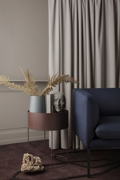 Decor your home with the best home accessories. Design ideas to inspire you how to accessorize your home   www.bocadolobo.com #bocadolobo #luxuryfurniture #exclusivedesign #interiodesign #designideas #homedecor #homedesign #decor #furniture #furnitureideas #homefurniture #decor #homedecor #livingroomdecor #contemporary #contemporarystyle #furnitureideas #homefurniture #homeacessories #luxurygift #luxurygiftideas #giftideas #luxurygift