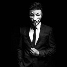 Model Hacker Wallpaper, 8k Wallpaper, Crazy Girl Quotes, Crazy Girls, Wallpaper Display, Anonymous Mask, Pink Fur Coat, Alien Drawings, V For Vendetta