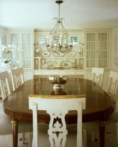 Splendid Sass: CHARLES SPADA - lovely dining area, would paint the ceiling and add color