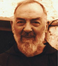 Padre Pio biography English; Close Encounters of the special kind with Padre Pio in the hallway, backyard, downtown
