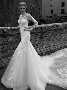 Cute Alessandra Rinaudo Sheer Scoop Neck Lace Mermaid Wedding Dresses Illusion Long Sleeves Bridal Gowns Appliques Vintage Hollow Backless