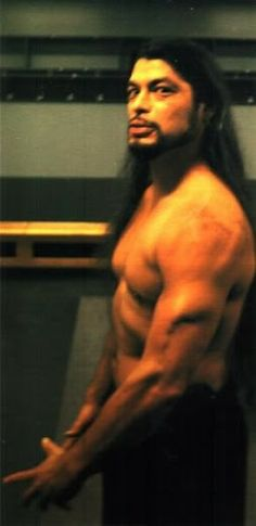 Robert Trujillo...I swear I'd melt if I ever met this man...