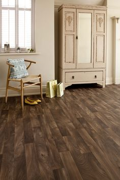 Elm from Ultimate Timber - simple yet elegant. www.avenuefloors.co.uk Interior Blogs, Interior Design, Hallway Inspiration, Hardwood Floors, Flooring, Colour Schemes, Elegant, Simple, Kitchen