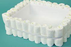 How to Make a Bathtub Diaper Cake Diaper Cakes Tutorial, Diaper Cake Instructions, Diy Diaper Cake, Nappy Cakes, Cake Tutorial, Baby Shower Diapers, Baby Shower Cakes, Baby Shower Gifts, Baby Gifts