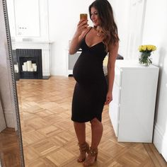 USD Maternity V-Neck Curved Hem Knee-Length Cami Dress Maternity Clothes、Maternity Fashion、Maternity Dresses、Maternity Casual Dress 、Maternity Maxi Dress Casual Maternity, Maternity Wear, Maternity Dresses, Maternity Fashion, Pregnant Dresses, Summer Maternity, Maxi Dresses, Dress Vestidos, Pregnancy Outfits