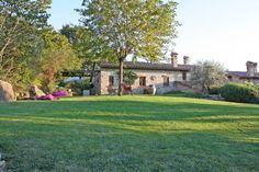 Property for sale in Umbria Izzalini - Todi Italy - Apartment > http://www.italianhousesforsale.com/property-italy-s472---la-quercia---todi-1682.html