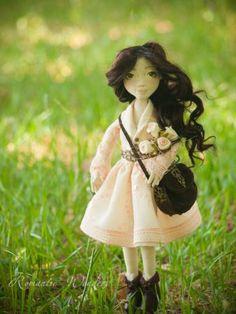 Fiona   Romantic Wonders Dolls Antique Dolls, Handicraft, Art Dolls, Doll Clothes, Flower Girl Dresses, Romantic, Antiques, Wedding Dresses, Fabric