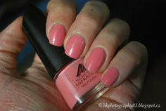 Manhattan Marcel Ostertag 004 #nails #nailart #nailpolish #coralpolish #beauty - bellashoot.com