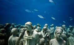 Art and environmental activism often go hand in hand. Such is the case with Jason deCaires Taylor's incredible aquatic sculptures that seek to celebrate and protect the amazing underwater landscapes of our Earth. His pieces explore the symbiosis between art, nature, and man, with breathtaking installations that evolve and grow through the effects of one on another. With Earth Day having just passed us by, we wanted to commemorate this artist's exciting union of art with the natural world…