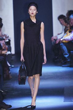Prada Fall 2005 RTW - Runway Photos - Fashion Week - Runway, Fashion Shows and Collections - Vogue
