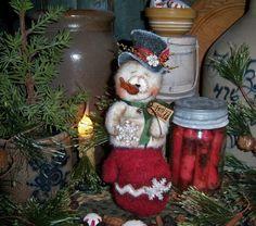 "Primitive Doll 9"" Snowman Mitten Frosty Christmas Ornament Patti's Ratties Bear"