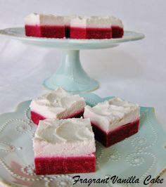 Raw Red Velvet Bars from Fragrant Vanilla Cake Raw Vegan Desserts, Vegan Cake, Paleo Dessert, Vegan Sweets, Dessert Bars, Vegan Cheesecake, Dessert Recipes, Valentine's Day Recipes Vegan, Raw Food Recipes