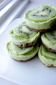 Key Lime Tarts - Dairy & Gluten Free, Raw, No Refined Sugars -- there is honey in it but...