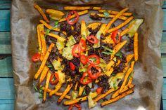 Chili Cheese Fries mal anders - und zwar Low Carb mit Kohlrabi. Das Ganze wird mit Hackfleisch und Käse überbacken und schmeckt einfach super lecker!