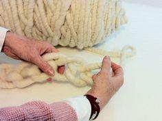 Tutoriale DIY: Cómo hacer una bufanda de lana gruesa vía DaWanda.com