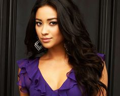 emily from pretty little liars | Pretty Little Liars--Some Background Info