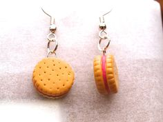 Sandwich biscuits filled with strawberry cream earrings in Polymer clay, Fimo polymer clay, Polyclay jewelry