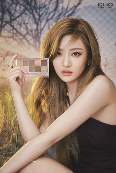 Black Mamba, South Korean Girls, Korean Girl Groups, Seoul, Eye Palette, Kpop, Daily Look, New Girl, Ulzzang Girl