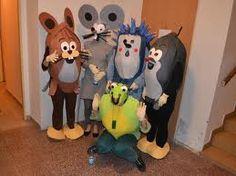 Výsledek obrázku pro masky na maškarní Masky, Disney Characters, Fictional Characters, Dogs, Art, Art Background, Pet Dogs, Kunst, Doggies