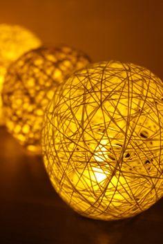 今ジワジワとキテいるロマンティックな手作りランプシェード。これなら失敗しないで作れる!?のポイントをまとめました。