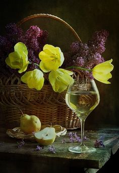 """helycharlotte: """" By Pretty """" Still Life Photos, Still Life Art, Cute Wallpaper Backgrounds, Cute Wallpapers, Still Life Photography, Art Photography, Champagne Sangria, Fruit Picture, Bountiful Harvest"""