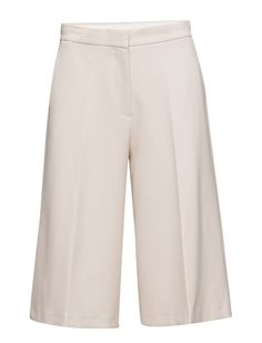 DAY - July Concealed closure Two side pockets Stretch fabric Chic Elegant and feminine Excellent quality and fit Culottes Trousers, Pants, Stretch Fabric, Feminine, Closure, Pockets, Elegant, Chic, Day