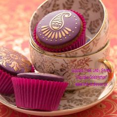 A touch of class cupcake from Lindy Smith's 'bake me I'm yours...cupcake celebration' book