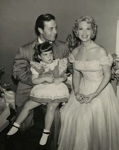 George Montgomery with wife Dinah Shore and daughter Melissa!