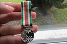 IRISH DEPT OF DEFENSE UNITED NATIONS PEACEKEEPERS MINIATURE MEDAL.ARMY,NAVY ETC…
