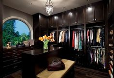dcb44796520 9 Gorgeous Closets That Show The Glam Side Of Organization (PHOTOS) Pantry  Closet