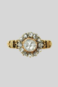 Antique 18k and Rose Cut Diamond Cluster Ring