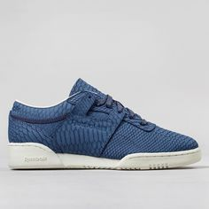 4d16aabc6bc20 Reebok Workout Low Clean Lux Shoes - Midnight Blue Chalk Reebok Workout Low