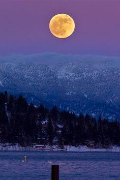 vurtual:  Lake Tahoe (by Paul Derugin)